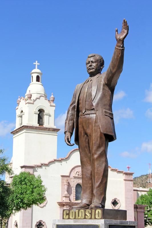Statue of Luis Donaldo Colosio in Magdalena